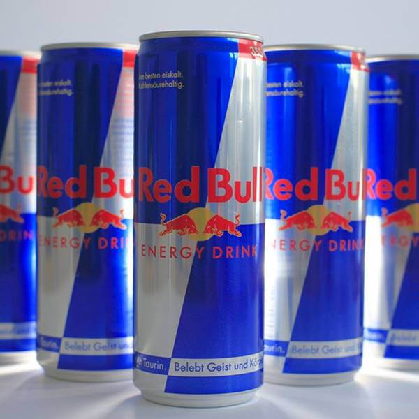 woman-going-blind-after-drinking-red-bull-energy-drink-2
