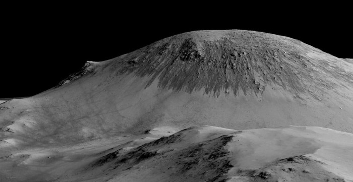 nasa-declares-mystery-solved-as-flowing-water-may-have-been-discovered-on-mars-body-image-1443455656