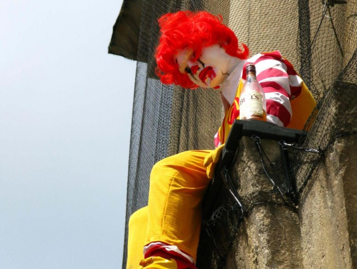 Desolate_Ronald_McDonald_at_Bristol_Museum-1
