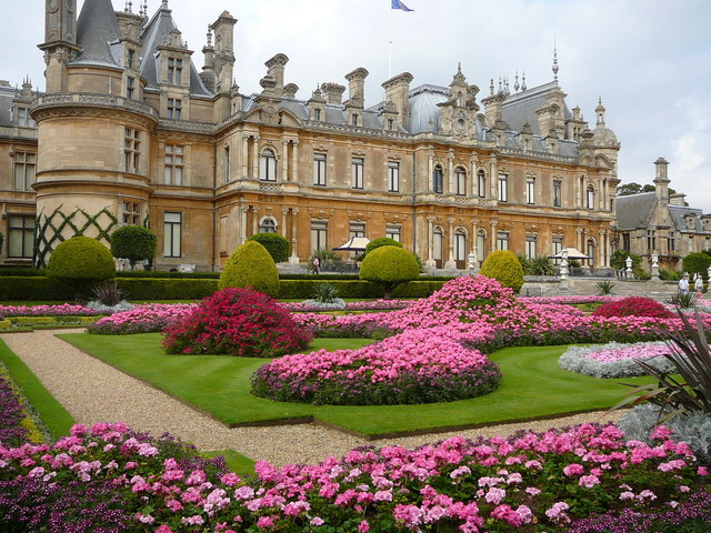 Waddesdon_Manor_and_Gardens_-_geograph.org.uk_-_649037