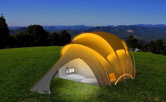 This Solar Powered Tent Can Charge All Your Mobile Devices