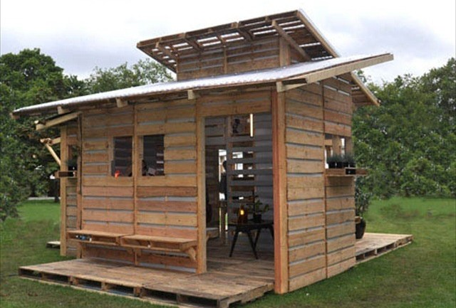 Meet The Emergency Pallet Home. It Can Be Built In Less Than A Day With Just Basic Tools