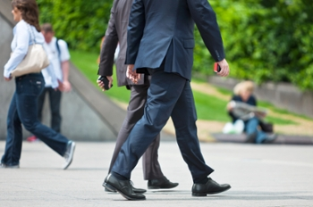 A 10-Minute Walk Reverses The Vascular Damage of 6 Hours of Sitting