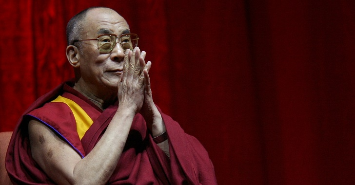 213136_Dalai-Lama-pray-for-paris