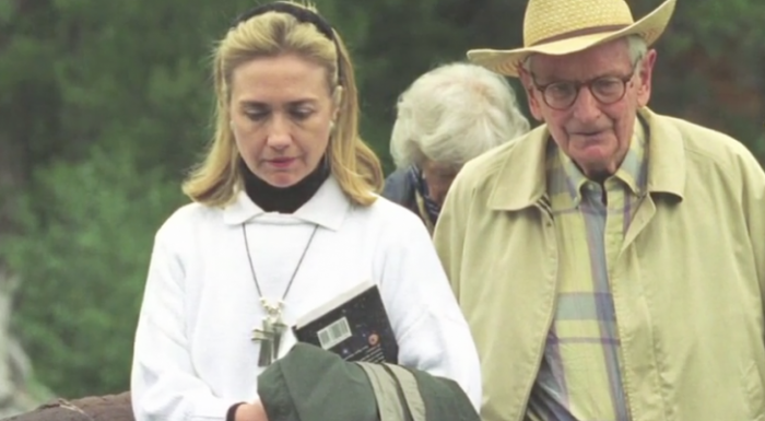 Why Is Hillary Clinton Talking To Laurence Rockefeller & Holding A Book About Extraterrestrials?