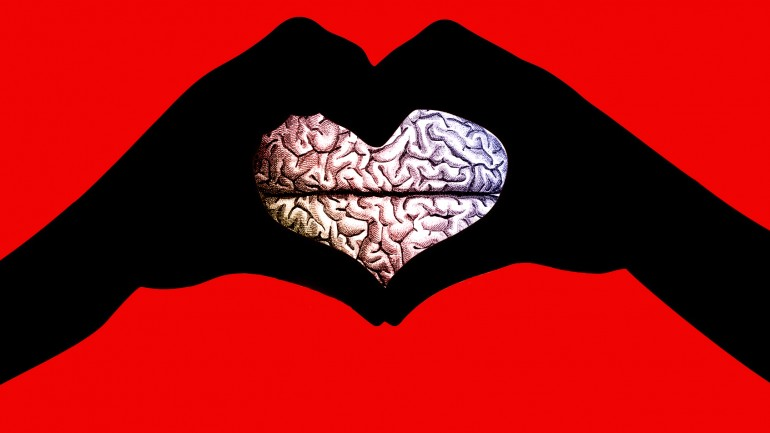 OUR BRAINS FALL IN LOVE IN LESS THAN A SECOND; HERE'S HOW