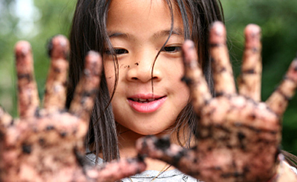 How Playing in the Dirt Benefits the Immune System