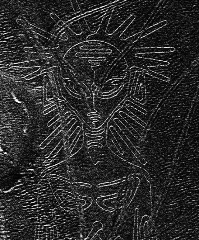 New Nazca Lines Geoglyphs Uncovered by Gales and Sandstorms in Peru 1549395_609690425821125_3263451609597875211_n