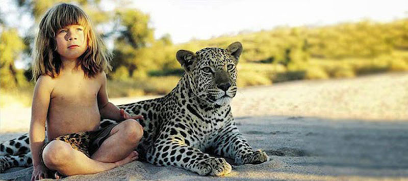 Breathtaking-Photos-Of-A-Little-Girl-Tippi-Growing-Up-Alongside-Wild-Animals-in-Southern-Africa4