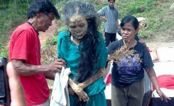 Toraja-walking-dead-e1332131797504-570x349