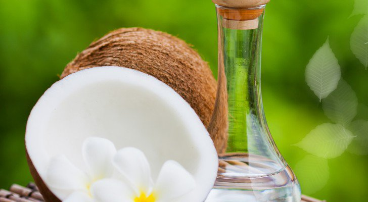 Scientists Discover Coconut Oil Exterminates 93 Percent Of Colon Cancer Cells In Two Days