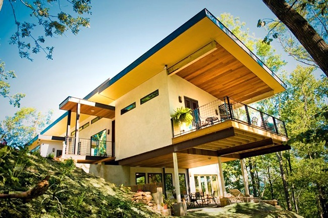 America's First Hemp House Pulls CO2 From The Air