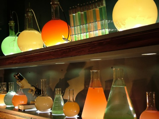 potions-to-cure-mrsa-537x402
