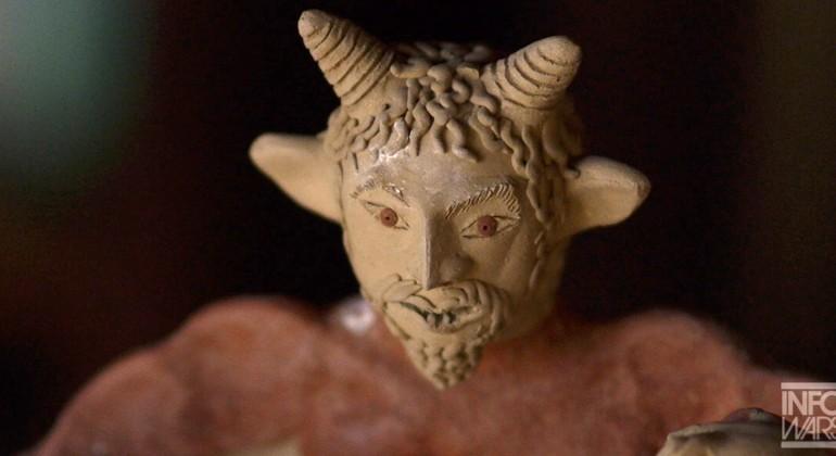 SCALIA'S DEATH LINKED TO BOHEMIAN GROVE, ILLUMINATI