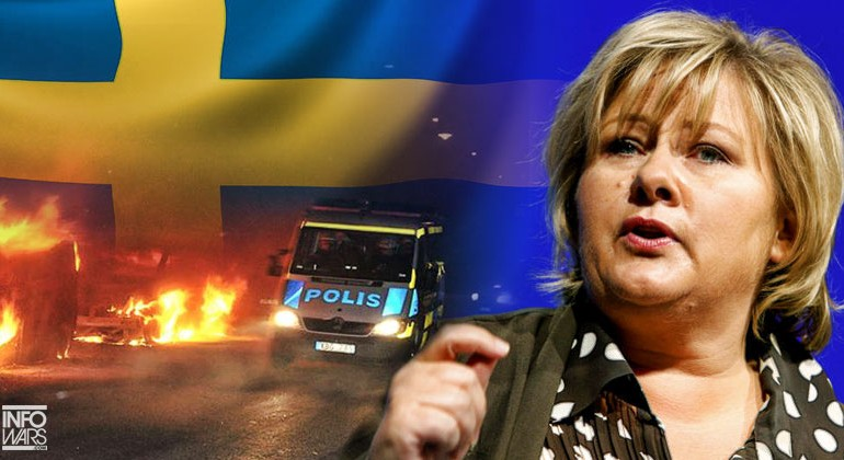 As SWEDEN Collapses NORWAY Promises To Close Border