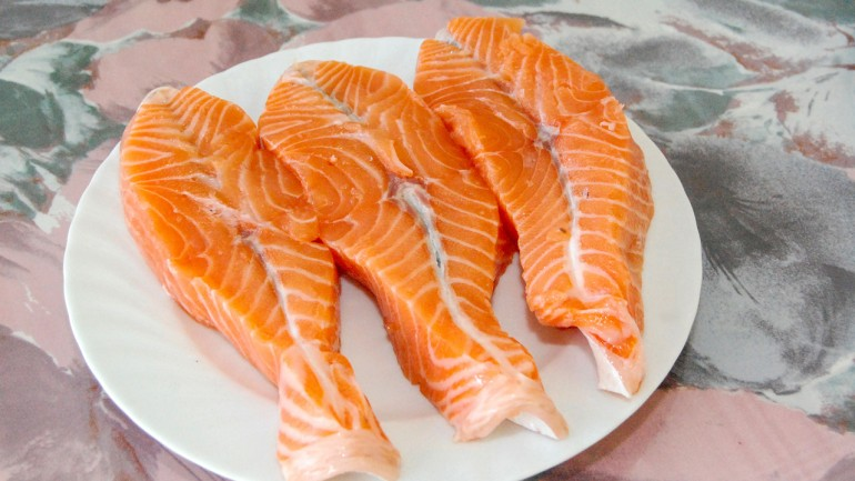 Cocaine and 80 Other Drugs Found in Salmon Near Seattle