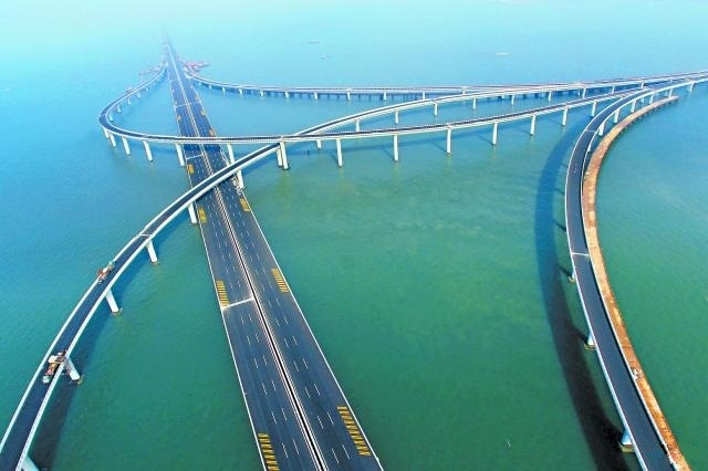 Jiaozhou Bay Bridge Is Truly An Engineering Marvel The