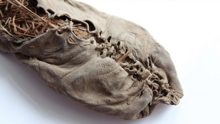 10 Ancient Artifacts of Human Existence
