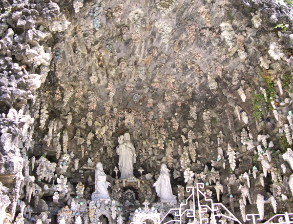 ave_maria_grotto__3__by_meirles