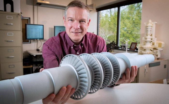 This Desk Size Turbine Produces Electricity from Carbon Dioxide and Can Power 10,000 Homes
