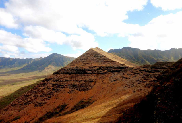 Ancient Pyramids Found in Hawaii