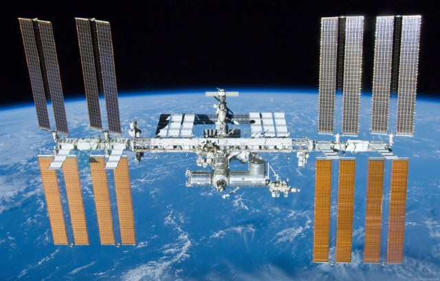 international-space-station-complete-640x408