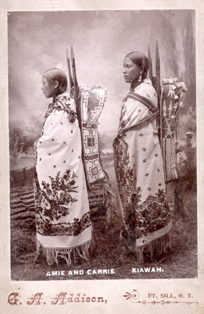 vintage-native-american-girls-portrait-photography-10-575a6b86cfd95__700