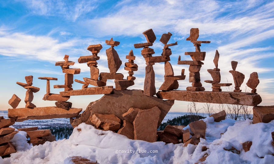 The-Secret-Behind-How-This-Guy-Balances-Rocks-Is-Very-Unusual.-Can-You-Guess-It..