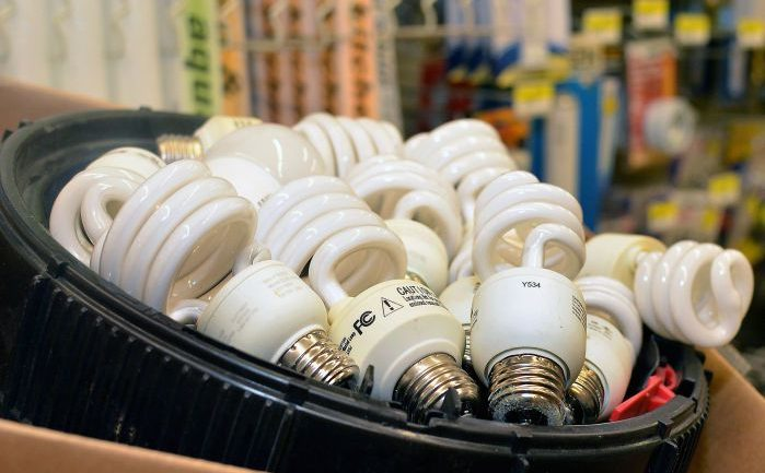 These Light Bulbs Cause Anxiety, Migraines, and Cancer