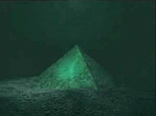 Two Giant Underwater Crystal Pyramids Discovered In The Center Of The Bermuda Triangle!