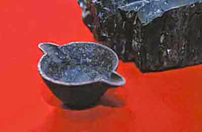 cast-iron-cup-in-coal1