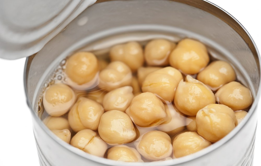 The Bizarre New Use For Canned Chickpea Liquid That People Are Freaking Out Over