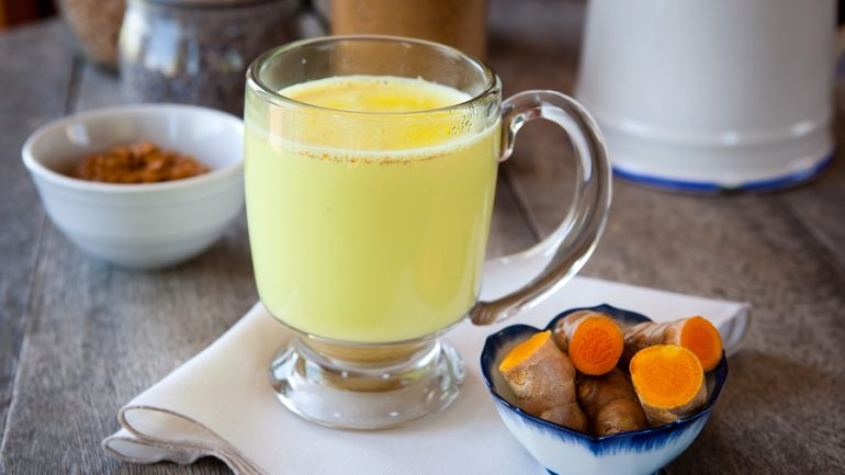 Turmeric Golden Milk – The Ancient Drink That Will Change Your Life