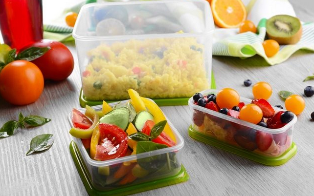 france-is-the-first-country-to-ban-all-plastic-dishware
