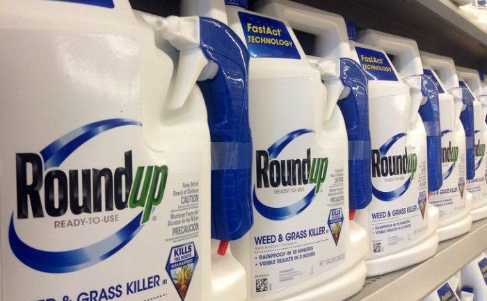 Italy Just Banned Monsanto's Top-Selling Herbicide From All Public Places