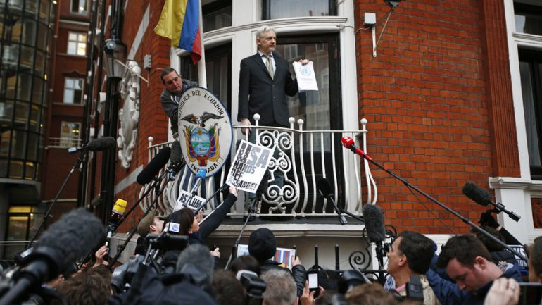 Assange Claims 'Crazed' Clinton Campaign Tried To Hack WikiLeaks