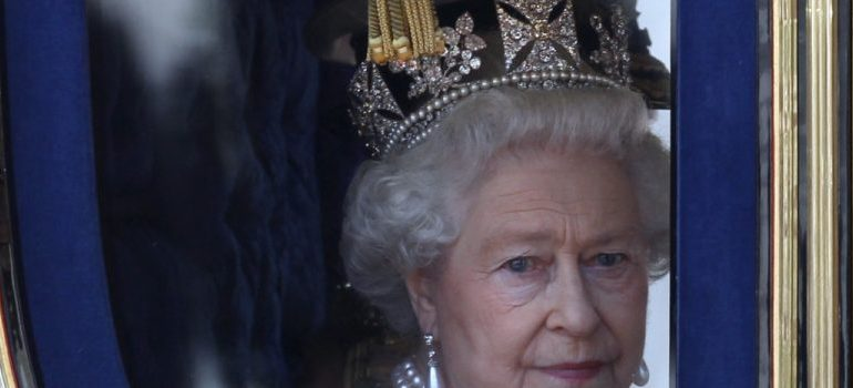 Queen Elizabeth Warns Of 'Holy War To End All Wars'