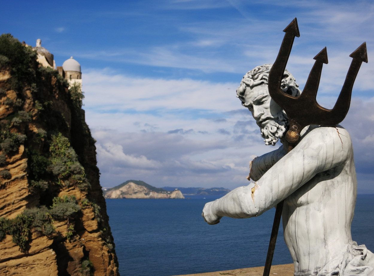 a-statue-of-poseidon-in-baiae