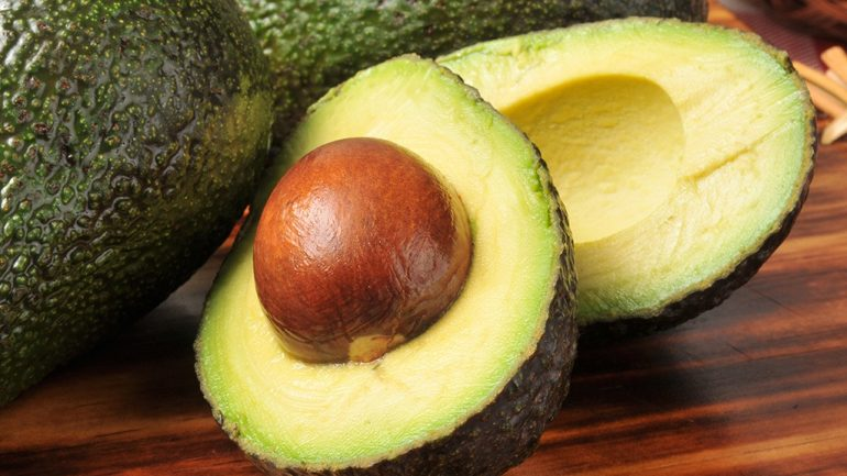 Eating Avocado When You're Stressed May Not Be So Healthy After All