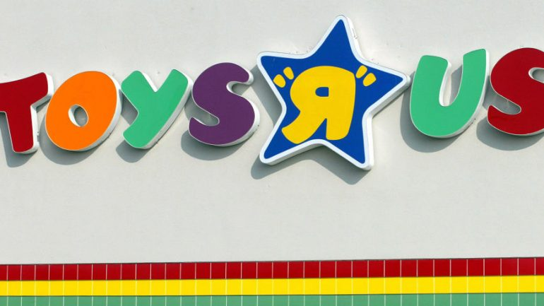 "Toys ""R"" Us Stores Offering Quiet Shopping Hours for Kids with Autism"