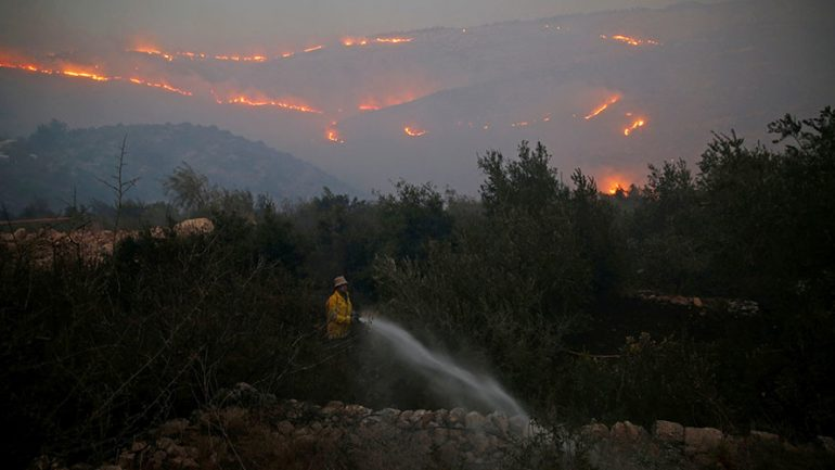 Israeli PM Netanyahu Thanks Palestinian Authority Leader Abbas For Helping Out With Fires
