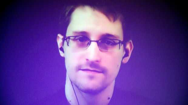 edward-snowden-was-asked-about-trumps-win-his-response-was-brilliant-video