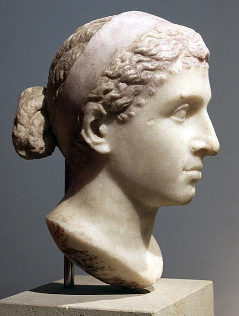 bust-of-cleopatra