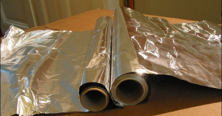 Doctors Now Have Warning: If You Use Aluminum Foil, Stop It Or Face Deadly Consequences