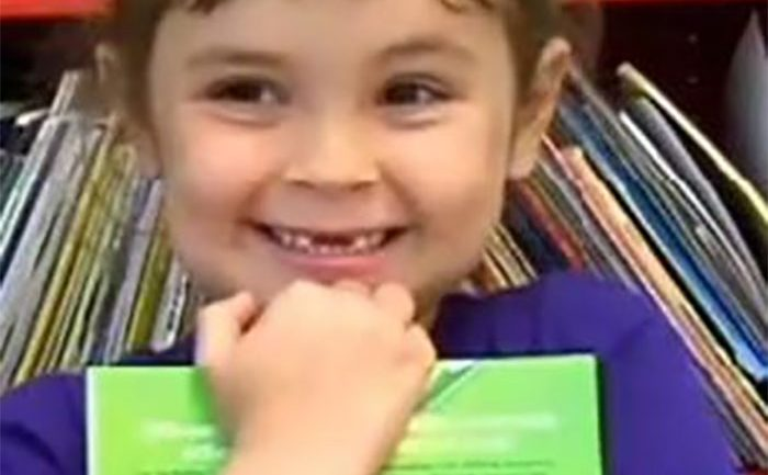 5-Year-Old Girl Reads 875 Books a Year, School Library Can't Keep Up