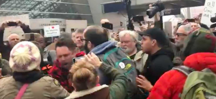 ANTI TRUMP Rioter Knocks Out TRUMP Supporter At PORTLAND Airport