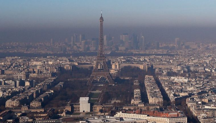 Paris Makes All Public Transport Free To Battle The Worst Air Pollution In 10 Years