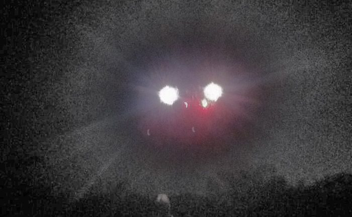 Man Discovers Eerie Photo Of A UFO Close Encounter On His Phone, Only He Has No Memory of Snapping It