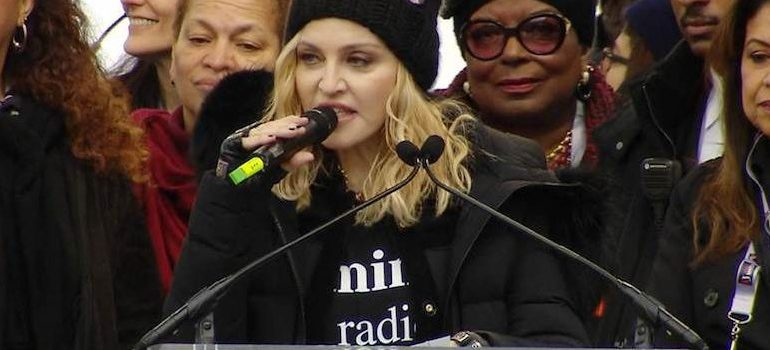 Madonna Threatens To 'Blow Up The White House'