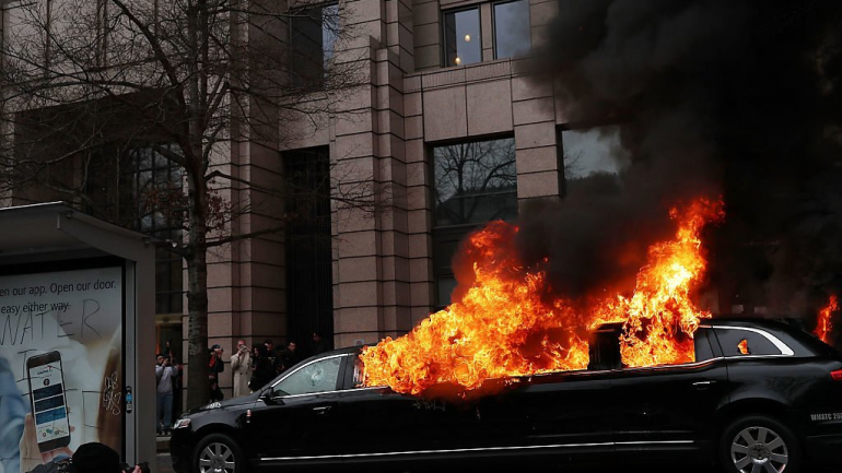 Limo Burned by Trump Protesters Belongs to Muslim Immigrant–Now Trump Supporters are Stepping Up…
